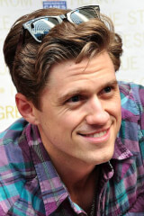 Aaron Tveit birthday