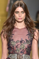 Taylor Hill (model) Birthday