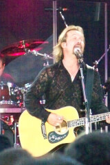 Travis Tritt Birthday