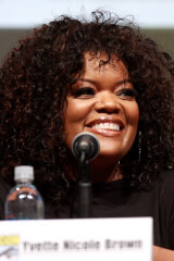 Yvette Nicole Brown birthday